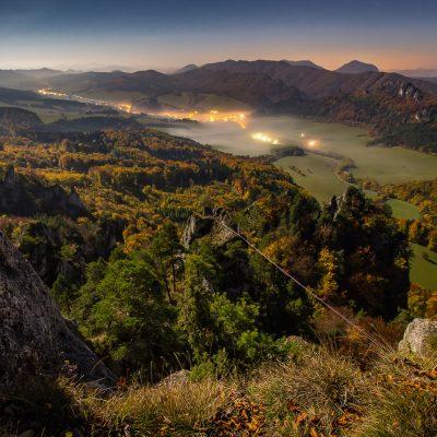 Súľovské vrchy za mesačného svitu