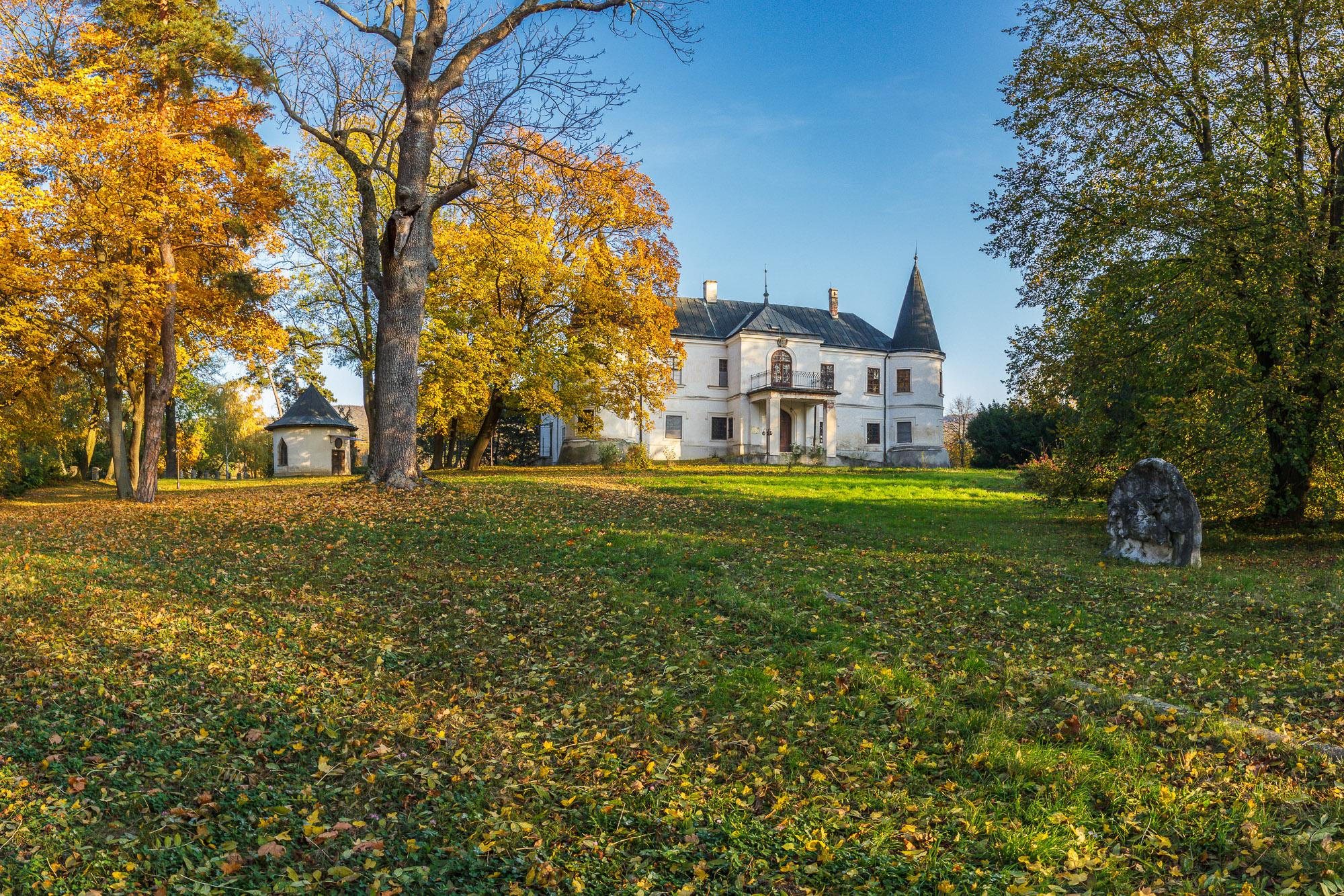 farebná jeseň v parku