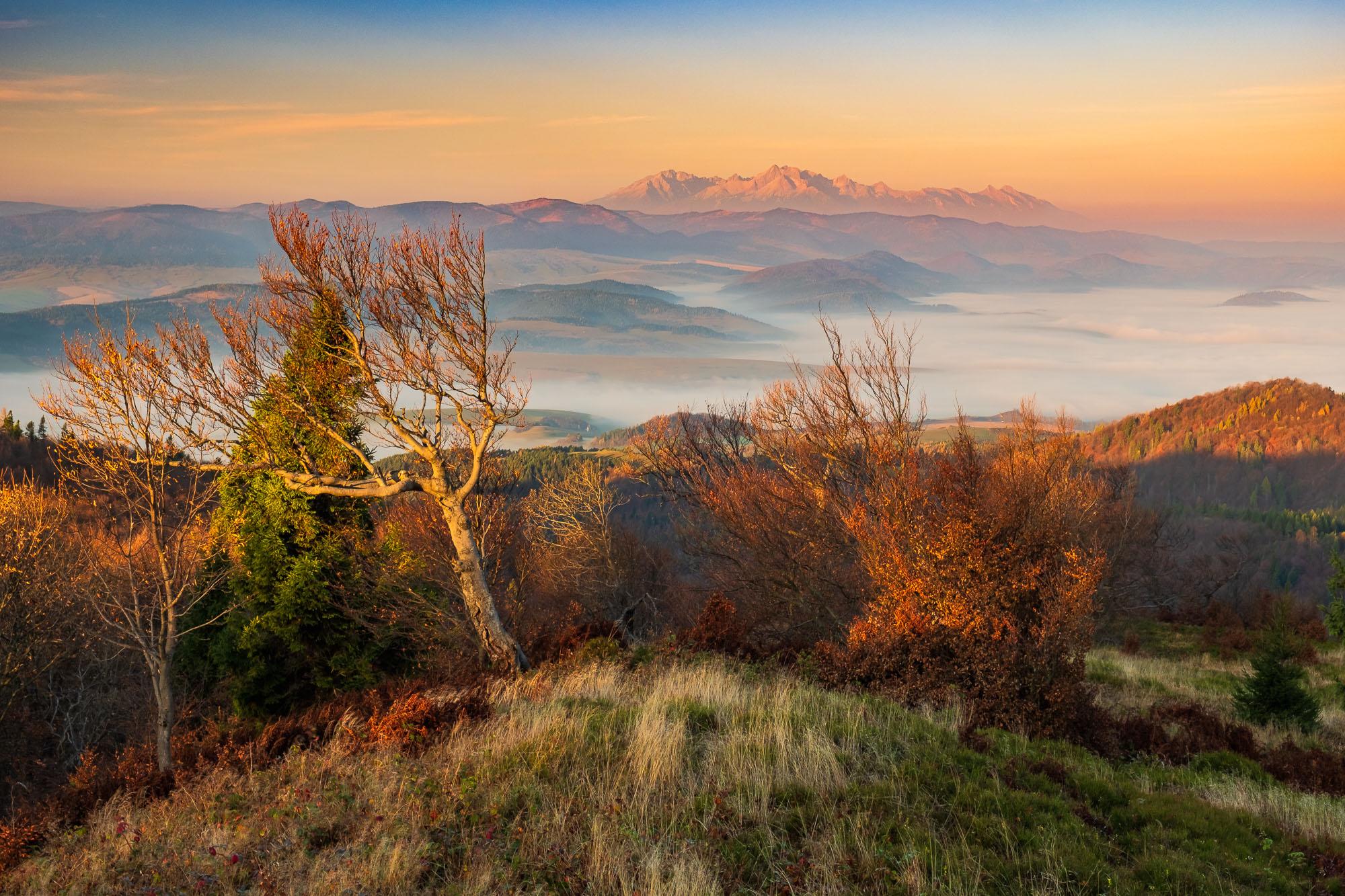 Jeseň na Čergovskom Minčole a výhľad na Vysoké Tatry